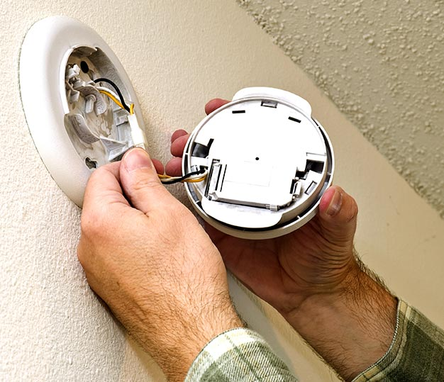 Did You Remember To Change Your Smoke Detector Batteries Fire